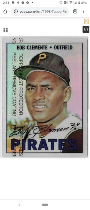 Roberto clemente baseball cards Lot Finest Refractor Mini puzzle turn back the clock more for Sale in Port Richey, FL