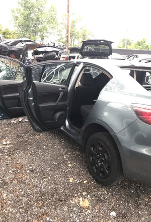 Selling parts for a blue 2013 Mazda 3 for Sale in Detroit, MI