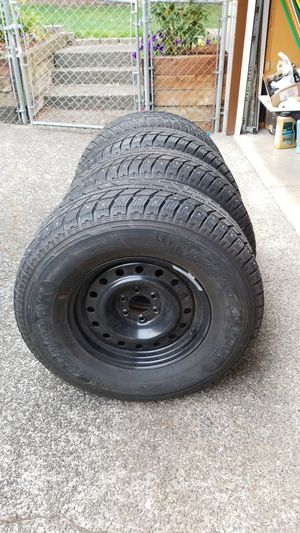 4 Hankook Dynapro-i-pike studded snows mounted on black steel rims. for Sale in Federal Way, WA