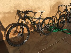 Giant downhill mountain bike 29ner for Sale in San Diego, CA