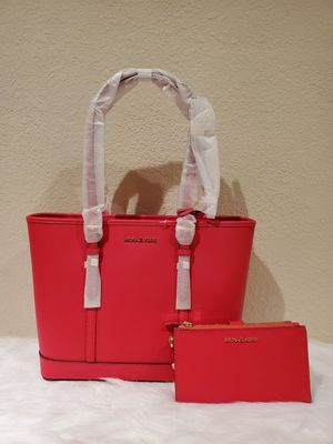 RED MICHAEL KORS PURSE AND WALLET SET for Sale in Huntington Park, CA