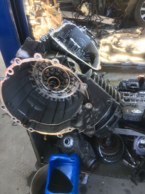 Transmission pod and complete good condition used transmission for Sale in La Mesa, CA