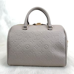 Louis Vuitton bags for Sale in Cleveland, OH