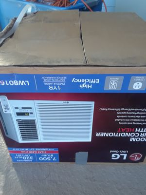 Air conditioner/heater for Sale in Moreno Valley, CA
