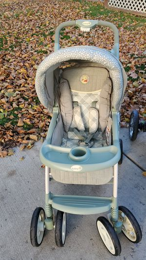 Safety 1st Winnie the pooh Stroller for Sale in North Tonawanda, NY