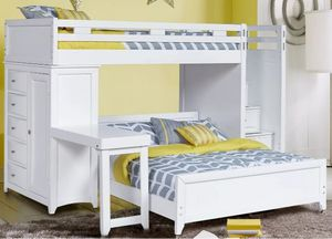 Bunk Bed - Twin over Full with mattresses for Sale in Snellville, GA