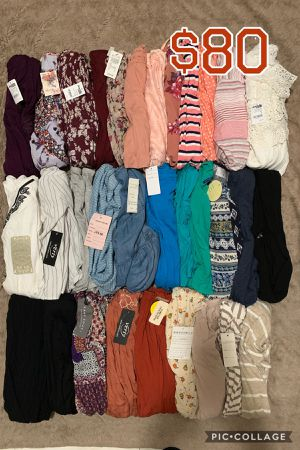 WOMENS JUNIOR CLOTHES BUNDLE🌺NEW🌺SMALL🌺32 PIECES FOR $80 for Sale in Cerritos, CA
