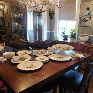 Antique 22k Gold Vinatge Plates for Sale in Taunton, MA