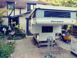 1996 Dutchman by Thor 8-foot pop-up camper for Sale in Sacramento, CA