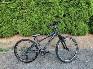 Trek MT220 mountain bike for kids 6-12 for Sale in Redmond, WA