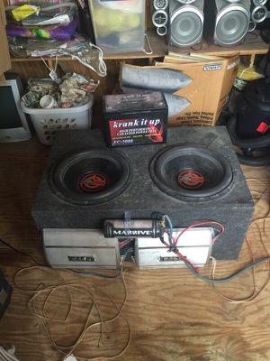 amplifier speakers and battery for Sale in Durham, NC