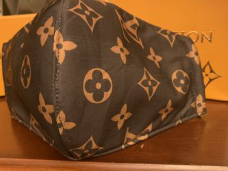 New Gorgeous Brown Logo Thick Double Later Mask for Sale in Whittier,  CA