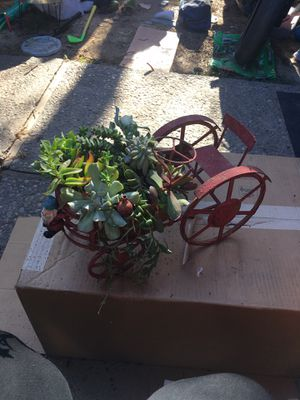 Succulent tractor planter pot for Sale in Fresno, CA