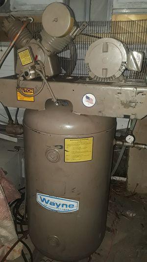 80 gallon Wayne air compressor for Sale in Mesa, AZ