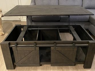 Lift Top Coffee Table for Sale in Austin,  TX
