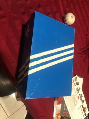 Adidas size 8.5 women's for Sale in Oceanside, CA