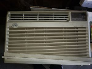 AC unit window mounted for Sale in San Leandro, CA