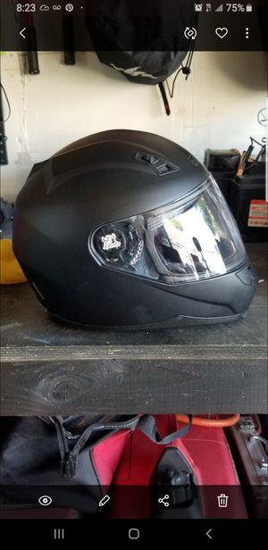 Motorcycle helmet Adultn Xl for Sale in Montclair, CA