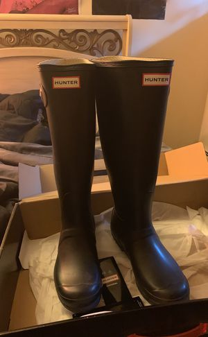Hunter Rain boot size 8 for Sale in Detroit, MI