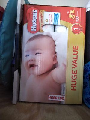 Articulos de bebe:Huggies etapa 1 $30 cambiador de pañal nuevo $15 cuna con colchon$80 columpio mecedora $ 40 todo está en excelentes condiciones. for Sale in Garland, TX
