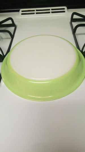 Vintage Pyrex Lime Pie Plate for Sale in Covina, CA