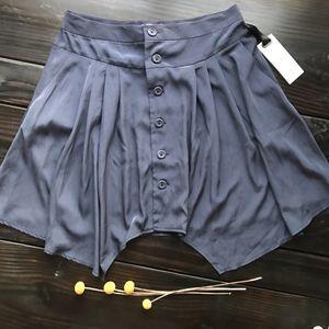 NWT BB Dakota Blue Skirt for Sale in HUNTINGTN BCH, CA