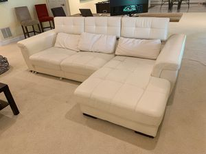 Beautiful Leather Sectional Couch for Sale in Clifton, VA