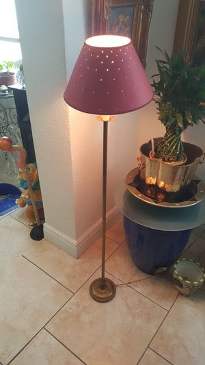 Floor lamp for Sale in Coral Gables, FL