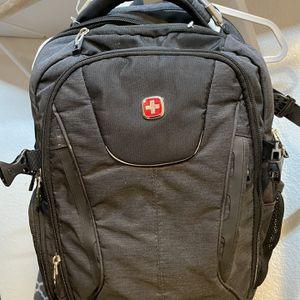 Swiss Gear Backpack W/ USB Port for Sale in Garden Grove, CA