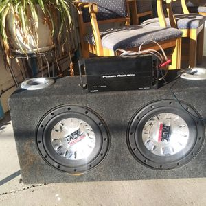 Subwoofers And Amplifier for Sale in Hanford, CA
