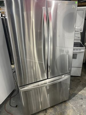 Kenmore elite refrigerator 36 x 69 x 29 stainless steel works perfect clean 30 days warranty for Sale in Peabody, MA