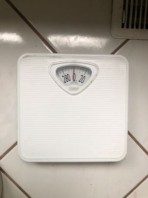 Bathroom scale for Sale in Venetia, PA
