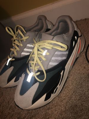 Yeezy 700 Wave Runners for Sale in Wheaton, MD