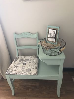 Gossip bench/telephone table for Sale in Poseyville, IN