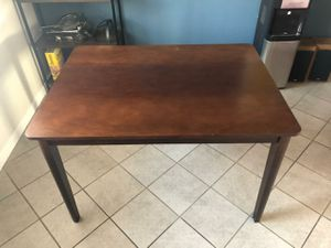 Kitchen table for Sale in Vallejo, CA