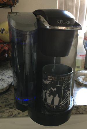 Coffee Maker KEURIG for Sale in Huntington Beach, CA