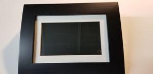 """Gigaware 7"""" digital photo frame for Sale in Las Vegas, NV"""