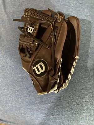 "11.5"" Wilson A900 Baseball Glove New Condition for Sale in Denver, CO"