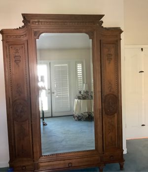 Antique French Armoire for Sale in Seal Beach, CA