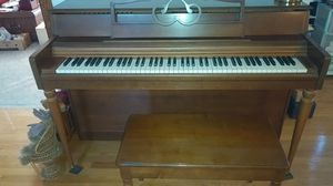 Spinet panio with bench for Sale in Bath, PA