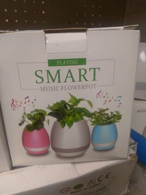 Bluetooth music flower pots for Sale in Nashville, TN