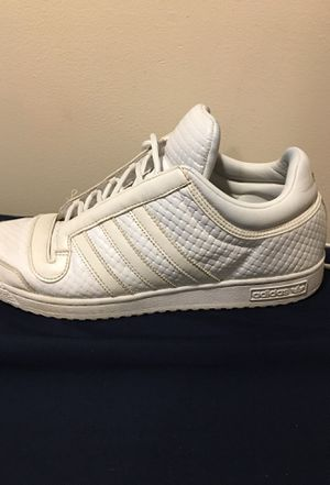 Adidas shoes🔥 (sapatos adidas🔥) for Sale in Chicago, IL