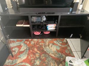 70 inch tv stand for Sale in Lauderdale Lakes, FL