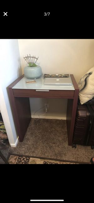 Desk with bookshelves for Sale in Heath, OH