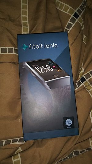 Fitbit ionic for Sale in Chesapeake, VA