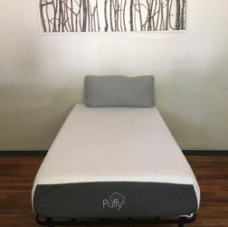 Puffy Luxe Twin Xl Size Mattress- Like New Bed!! for Sale in Morristown,  NJ