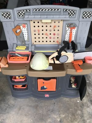 Kids game with many supplied / home depot for Sale in Pinecrest, FL