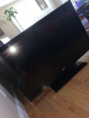 """42"""" LG tv for Sale in North Smithfield, RI"""