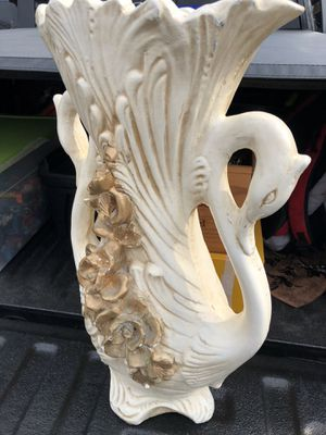 Stunning Vintage 15x36 Dual Swan Porcelain Piece SEE PICKUP PRECAUTIONS for Sale in Wilder, KY