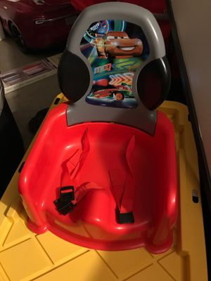 Twins cars booster seats with tray for Sale in San Diego, CA